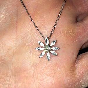 7/$15 dainty flower silver necklace BoxB2
